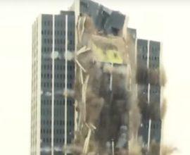 Κτίριο 21 ορόφων κατέρρευσε μέσα σε 16 δευτερόλεπτα (ΒΙΝΤΕΟ)