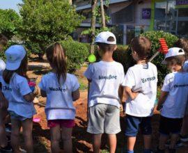 Δήμος Γαλατσίου: Τρεις υψηλόκορμες ακακίες φυτεύτηκαν από «Τα παιδία παίζει»