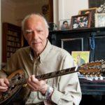 Ψήφισμα Δημοτικού Συμβουλίου Σύρου – Ερμούπολης για τον αιφνίδιο θάνατο του μουσικοσυνθέτη και δεξιοτέχνη Στέλιου Βαμβακάρη