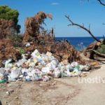 Ντροπιαστική εικόνα σε γνωστή παραλία του Δήμου Σιθωνίας στη Χαλκιδική