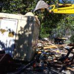 Ανέλαβαν δράση οι μπουλντόζες του δήμου Καβάλας σε αυθαίρετα κτίσματα