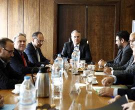 """Θεοδωρικάκος: """"Η συζήτηση ήταν ουσιαστική και δεσμεύτηκα να ετοιμάσουμε ένα σχέδιο συμφωνίας, προκειμένου να δοθεί σε όλα τα κόμματα"""""""