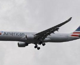 Χάος σε πτήση «εφιάλτης» της American Airlines: Λιποθύμησαν μέλη του πληρώματος από χημικό