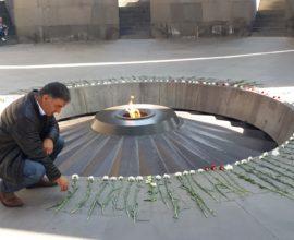 Στο μνημείο γενοκτονίας των Αρμενίων ο δήμαρχος Βισαλτίας , Αθανάσιος Μασλαρινός