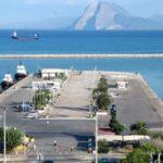 ΠΔΕ: Εικόνες από την τοποθέτηση κυματογράφου στη θαλάσσια περιοχή του Νότιου Λιμένα Πατρών για την παρακολούθηση της διάβρωσης των ακτών