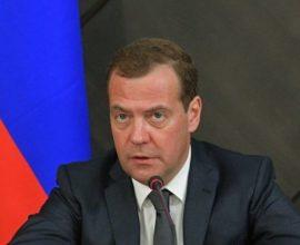 Στη Σερβία, ο Ρώσος Πρωθυπουργός Ντιμίτρι Μεντβέντεφ