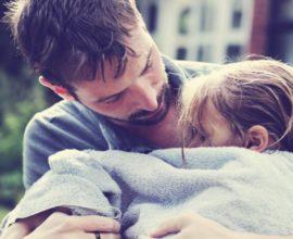 Μπαμπάδες στα θρανία για να γίνουν καλύτεροι γονείς!
