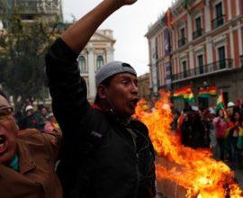 Τεταμένη η κατάσταση στη Βολιβία: Φόβοι για σκληρές συγκρούσεις στη Λα Πας