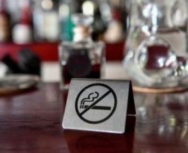 Αντικαπνιστικός: Διευρύνονται οι έλεγχοι σε Αττική και μεγάλες επαρχιακές πόλεις