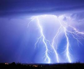 Καιρός: Στα 104 χιλιοστά η βροχή στη Μεσσηνία – 3.500 κεραυνοί το πρωί της Τετάρτης