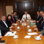 Συνάντηση Θεοδωρικάκου-Περιφερειαρχών για οικονομικά και θεσμικά προβλήματα
