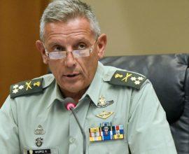 Διοικητής 1ης Στρατιάς: «Τα σκυλιά στη γειτονιά μας αλυχτάνε και φωνάζουνε…Άμα το σκυλί κόψει λουρί θα του κάτσουμε μία στο κεφάλι»