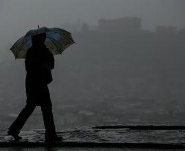 Έφτασε ο «Ετεοκλής» με άγριες διαθέσεις: Πού θα χτυπήσει η κακοκαιρία με καταιγίδες, χιόνια και θυελλώδεις ανέμους