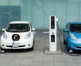 Ηλεκτροκίνητα οχήματα: Ποια κίνητρα σχεδιάζει να δώσει το υπουργείο Περιβάλλοντος