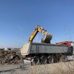 Απομακρύνονται ογκώδη απορρίμματα από τον Δήμο Θερμαϊκού