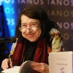 Ο Δήμος Αίγινας εκφράζει τη βαθιά θλίψη και οδύνη για το θάνατο της ποιήτριας Κατερίνας Αγγελάκη – Ρουκ