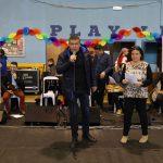 Πλήθος κόσμου διασκέδασε στην αποκριάτικη γιορτή του Δήμου Αμαρουσίου στο γήπεδο «Σπύρος Λούης»