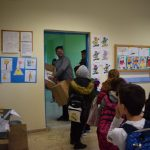 Σοκολάτες μοίρασε ο Δήμαρχος Ανδραβίδας- Κυλλήνης στα Δημοτικά Σχολεία του Δήμου