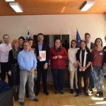 Επίσκεψη στον Δήμαρχο Ανδραβίδας – Κυλλήνης από τους καθηγητές του προγράμματος Erasmus+