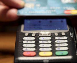 Κάρτες: Ποια κίνητρα εξετάζονται για την ενίσχυση των ηλεκτρονικών συναλλαγών