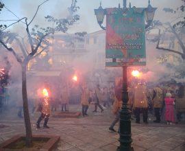 Ντελίριο κεφιού στον Πύργο- Χιλιάδες κόσμου στο εντυπωσιακό καρναβάλι