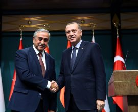 Ακιντζί κατά της πολιτικής Ερντογάν: Η Τουρκία κινείται εκτός Διεθνούς Δικαίου!