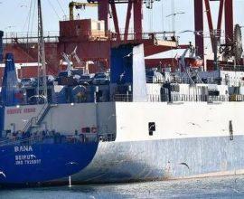 Συνελήφθη πλοίαρχος πλοίου που φέρεται ότι μετέφερε όπλα από την Τουρκία στη Λιβύη