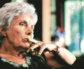 Πέθανε η σπουδαία ποιήτρια-πεζογράφος Κική Δημουλά