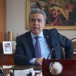Κάρμαντζης: «Μαύρες σελίδες στην ιστορία του τόπου μας-Οι δυνάμεις καταστολής της Κυβέρνησης με πρωτόγνωρες ενέργειες αποβιβάστηκαν στη Χίο»
