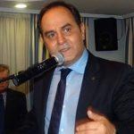 Το 50% του μισθού του καταθέτει στο νοσοκομείο Καρδίτσας ο Δήμαρχος Β. Τσιάκος