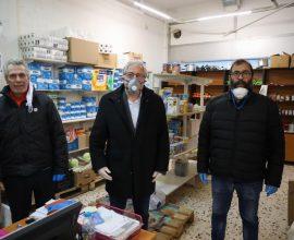 Αμπατζόγλου: Δήμος, εθελοντές και χορηγοί δημιουργούμε μία μεγάλη ομπρέλα προστασίας για τις ευπαθείς κοινωνικές ομάδες