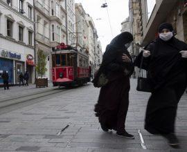 Επιδημιολογική καταιγίδα στην Τουρκία με 4.056 νέα κρούσματα -908 νεκροί