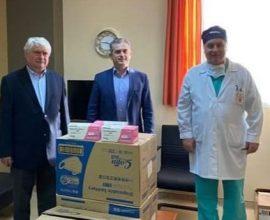 Π.Ε. Σερρών: 7.000 μάσκες παρέδωσε ο Αντιπεριφερειάρχης στο Νοσοκομείο