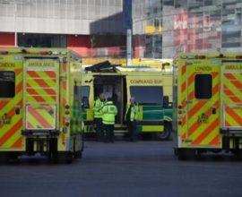 Κορονοϊός: Νέο αρνητικό ρεκόρ στη Βρετανία – 854 νεκροί σε 24 ώρες