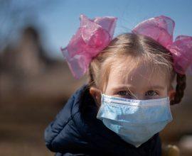 Η χρήση μάσκας είναι επικίνδυνη για τα παιδιά κάτω των 2 ετών – Διαβάστε τον λόγο