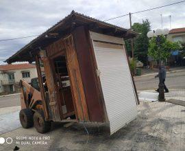 Απομάκρυνση ανενεργών περιπτέρων στον Δήμο Μαρώνειας – Σαπών
