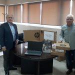 Δωρεά 10 ηλεκτρονικών υπολογιστών στον Δήμο Μαραθώνος από τον Δημήτρη Κυριακίδη