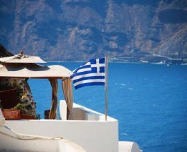 Ανοίγουν τα σύνορα της Ελλάδας για τουρίστες από 29 χώρες – Δείτε τη λίστα