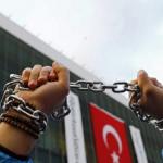 Η «δημοκρατία» της Τουρκίας καταδίκασε υπερασπιστές ανθρώπινων δικαιωμάτων – H Ε.Ε. ανησυχεί για την επικίνδυνη οπισθοδρόμιση