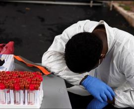 Νέο αρνητικό ρεκόρ στις ΗΠΑ – Πάνω από 60.000 κρούσματα μόλυνσης από τον κορονοϊό σε 24 ώρες