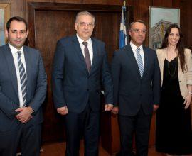 Θεοδωρικάκος – Σταϊκούρας: Υπέγραψαν τον ετήσιο προγραμματισμό προσλήψεων στο Δημόσιο
