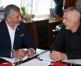 Τα έργα που χρηματοδοτεί η Περιφέρεια Αττικής στον Πειραιά στο επίκεντρο της συνάντησης Πατούλη-Μώραλη
