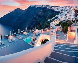 Ο Δήμος Σαντορίνης καλεί τους Έλληνες: Χρυσή ευκαιρία να επισκεφτείτε φέτος το νησί!