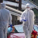 Συναγερμός για τα «ορφανά» κρούσματα – Στο τραπέζι γενικευμένη χρήση μάσκας και τοπικά lockdown
