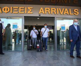 Τουρισμός: Πάνω από 4.000 τεστ έγιναν την πρώτη μέρα στα αεροδρόμια
