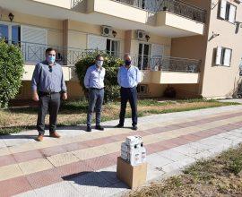 Μάσκες και αντισηπτικά στα γηροκομεία και στο ΚΔΗΦ ΑΜΕΑ από τον Δήμο Θηβαίων
