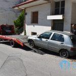 Απομακρύνονται τα εγκαταλελειμμένα αυτοκίνητα από τους δρόμους της Φλώρινας