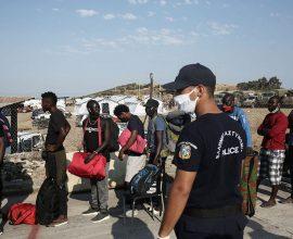 Υγειονομική βόμβα η Λέσβος- 243 κρούσματα στη νέα δομή στο Καρά Τεπέ και άγνωστος αριθμός εκτός αυτής