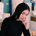 «8 Εικόνες»,που αποτυπώνουν τις σύγχρονες μάστιγες, από την Άννα Ψιμάδα