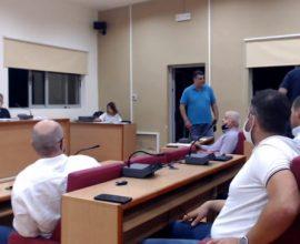 Απαράδεκτες εικόνες, σε ρινγκ μετατράπηκε το δημοτικό συμβούλιο Δυτικής Αχαΐας
